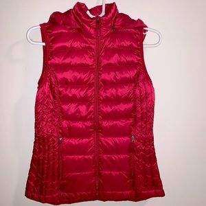 Woman's Ultra- Light Down Vest with Hood